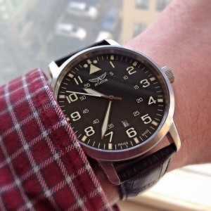 Aviator Airacobra Quartz Watch V.1.11.0.037.4